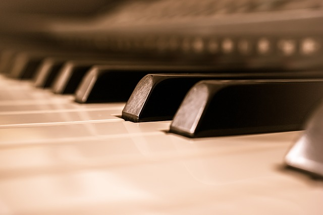piano-1099352_640